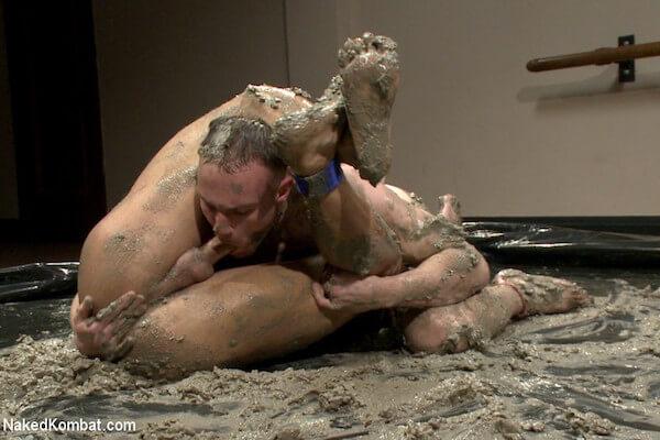 fellation lutte boue