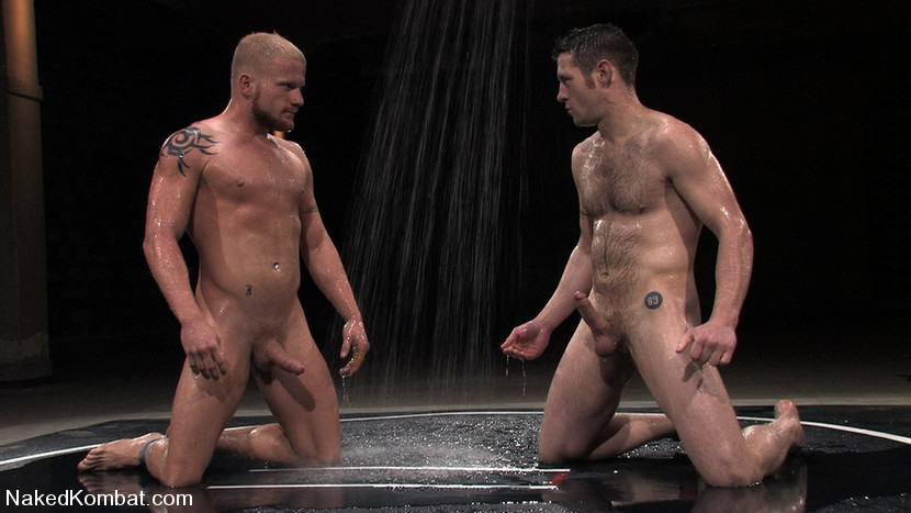 naked combat blond et brun 1