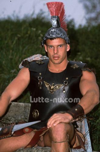 gladiateur-nu